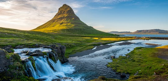 Tour en grupo pequeño a la península de Snæfellsnes, el tesoro escondido de Occidente