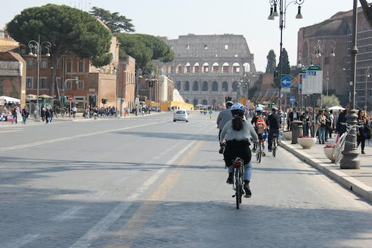 Electric Bicycle Tour of the Seven Hills of Rome