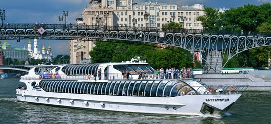 Москва речной круиз с гидом