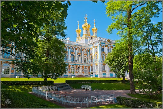Catherine Palace Tour by public transport with hotel pick-up