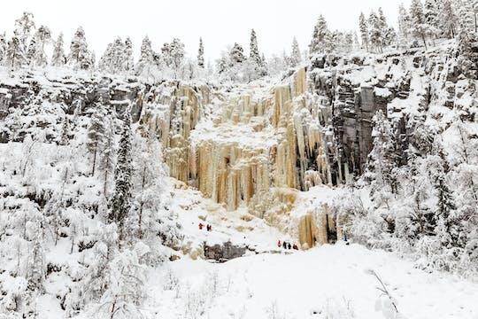 Lodowe wodospady Korouoma i wędrówka po parku narodowym