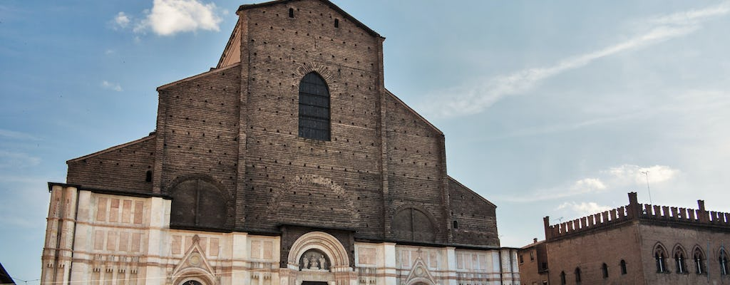 Private tour of the Cathedral of San Petronio with access to the panoramic rooftop terrace