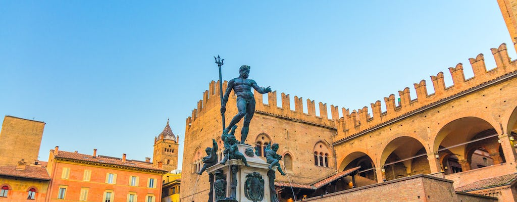 Guided tour of Bologna from Piazza Nettuno to Bagni di Mario