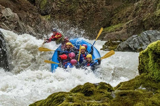 Beast of the East avventura di rafting in acque bianche