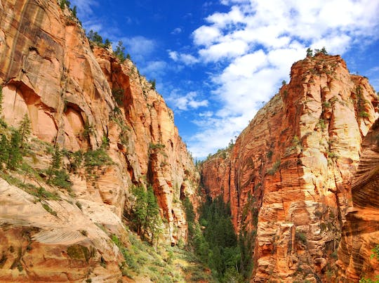 3 day national parks summer lodging tour