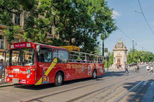 Recorrido en bus turístico por Praga