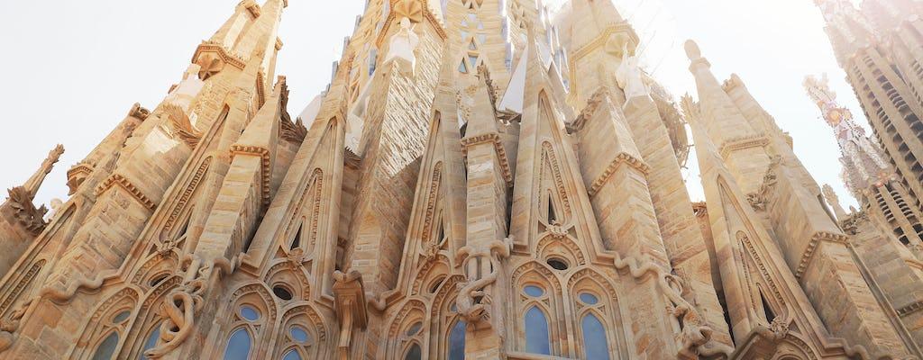 Sagrada Familia and Gothic Quarter private tour