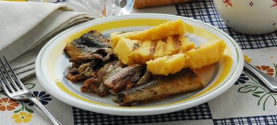 Lezione di cucina e degustazione presso la casa di una Cesarina sul Lago di Como