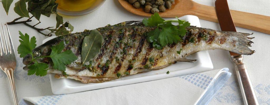 Visita al mercato e lezione di cucina privata presso una casa di Cesarina sul Lago di Garda