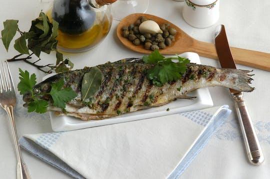 Visita al mercado y clase de cocina privada en la casa de Cesarina en el lago de Garda