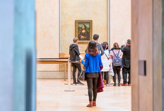 2-hour guided visit of the Louvre Museum
