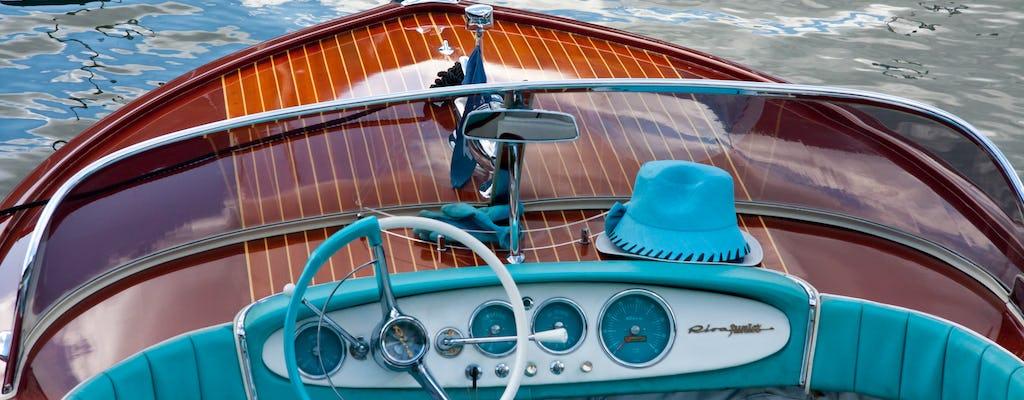 Noleggio di limousine ad acqua in stile veneziano
