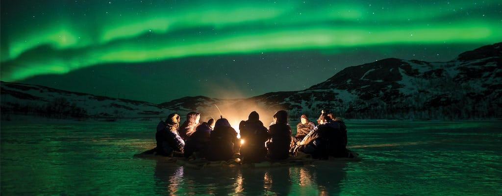 Caza aurora boreal en minibús