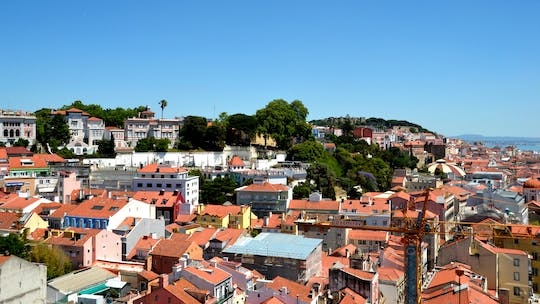 Self-guided Discovery Walk in Lisbon with riddles and rooftops