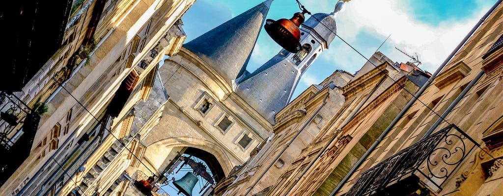 Self-guided discovery walk in Bordeaux's city center local adventure