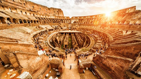 Fast track Colosseum tickets met multimedia experience