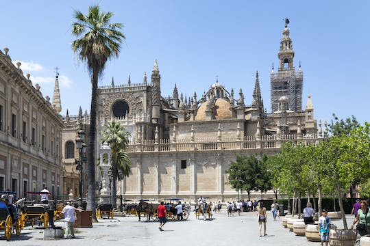 Sevilla City Tour & Shopping