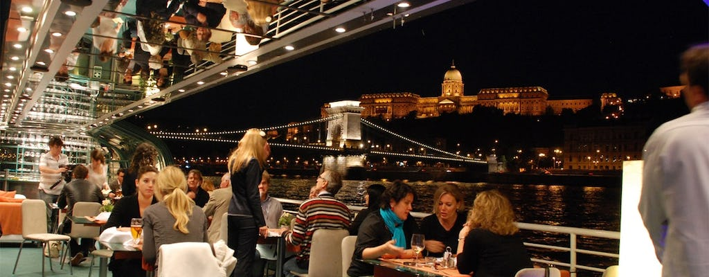 Budapest candlelight dinner cruise