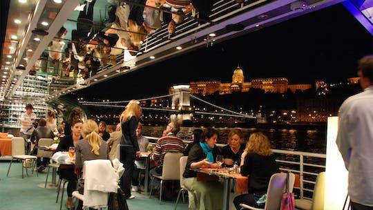 Tour in barca di Budapest con cena a lume di candela