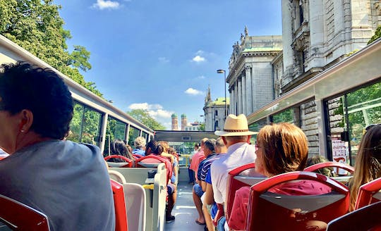 One hour city sightseeing bus tour in Munich