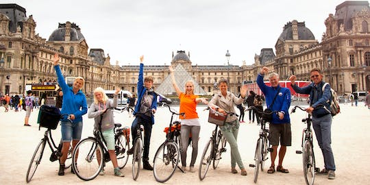 Discover the highlights of Paris by bike