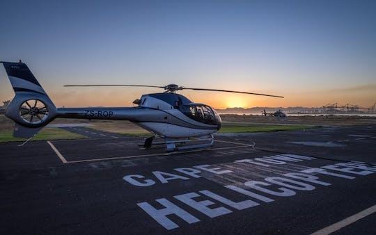 Vuelo panorámico en helicóptero de península completa de 50 minutos en Ciudad del Cabo