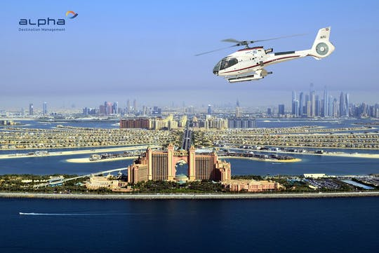 Helikoptervlucht van 17 minuten boven Dubai