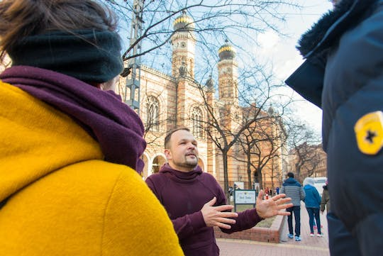 Jewish Budapest tour with a historian