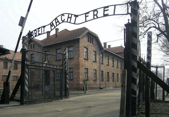 Auschwitz private tour from Warsaw