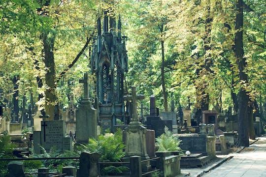 World War II private walking tour with Powazki Cemetery in Warsaw