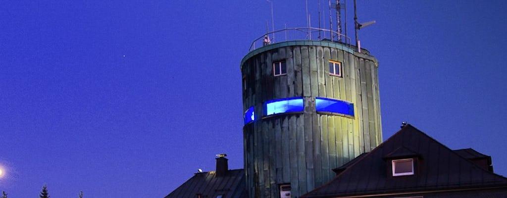 Übernachtung in einem Sleeperoo-Würfel auf der Wetterstation in Winterberg