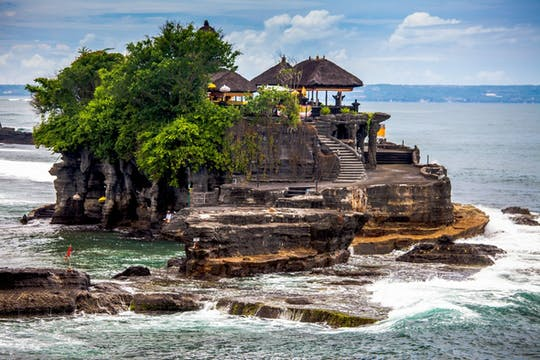 Tanah Lot-Tour