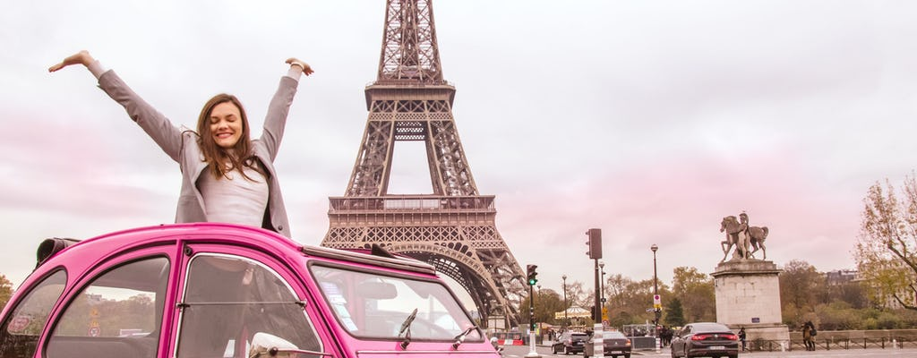 Private tour of Paris highlights in a vintage car