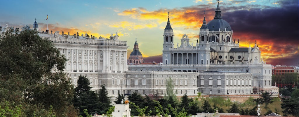 Personal transporter tour 's nachts in Madrid