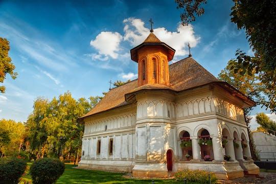 Viagem de meio dia para pequenos grupos ao Mosteiro Snagov e Palácio Mogosoaia