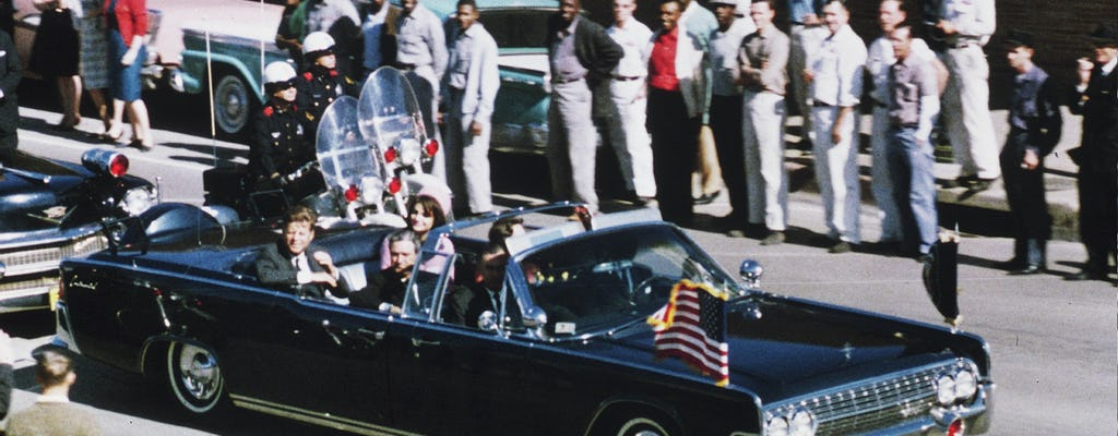 JFK Assassination Bus Tour and Sixth Floor Museum