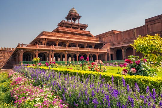 Full-day tour of Agra with Fatehpur Sikri from Delhi