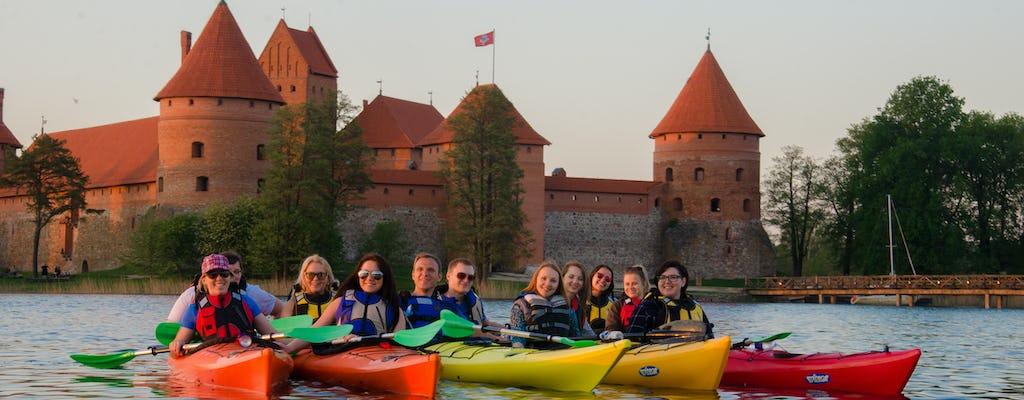 Excursão de caiaque clássico em Trakai com pick-up opcional