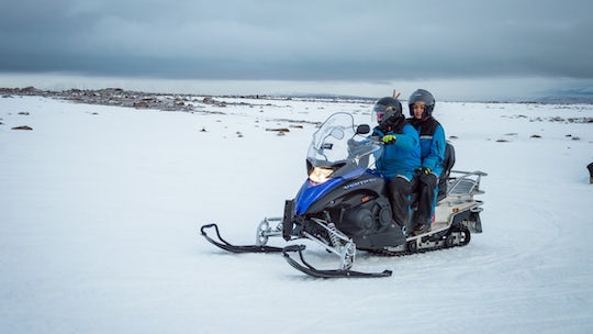 Full day tour to the golden circle with snowmobiling