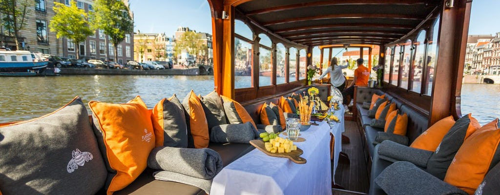 75-minute salonboat canal cruise with drinks and typical Dutch cheese