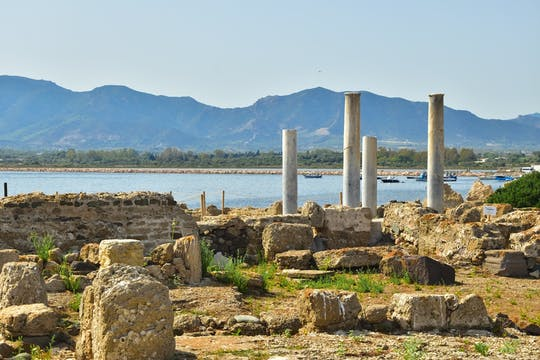 Guided tour of the archeological park of Nora
