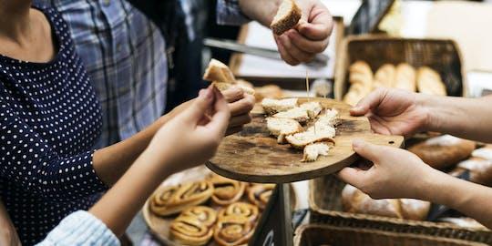 Weinprobe und französisches Bäckerlebnis in Paris