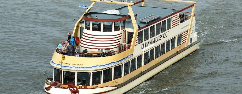 Cruzeiro de panqueca no rio Roterdã
