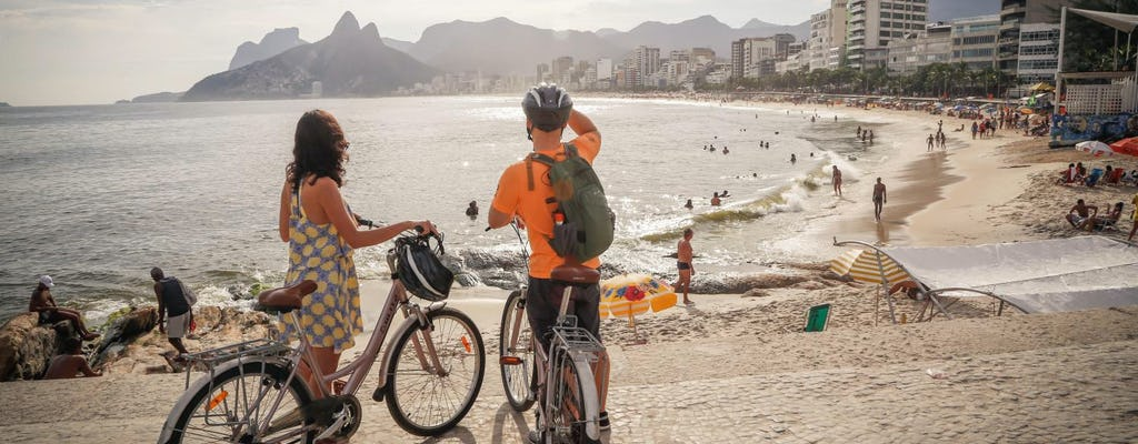 Bike tour in Rio with beaches, lagoon and gardens