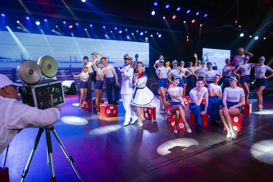 Benidorm Palace Variety Show with Transport