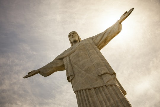 Guanabara Bay cruise with lunch and Christ Redeemer by van