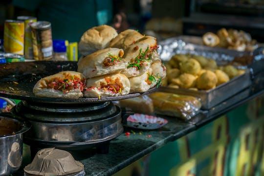 Comida de rua rasteja em Calcutá