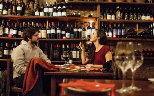 Tour dei quartieri gotici di Barcellona con tapas e vino