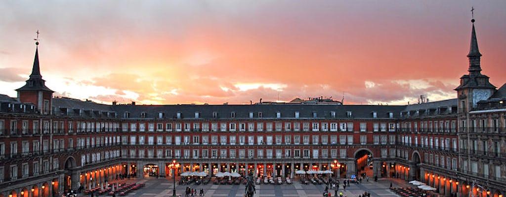 Jantar ao pôr do sol com vista para a Plaza Mayor