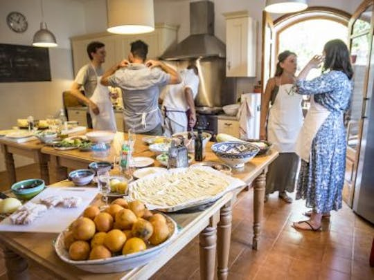 Taormina cooking class, market tour and lunch